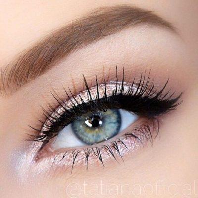 maquillaje ojos claros pequeños