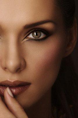 maquillajes sencillos de noche para principiantes